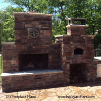 DIY Outdoor Fireplace with Pizza Oven