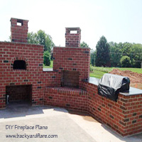 DIY Outdoor Fireplace with Pizza Oven and Outdoor Kitchen